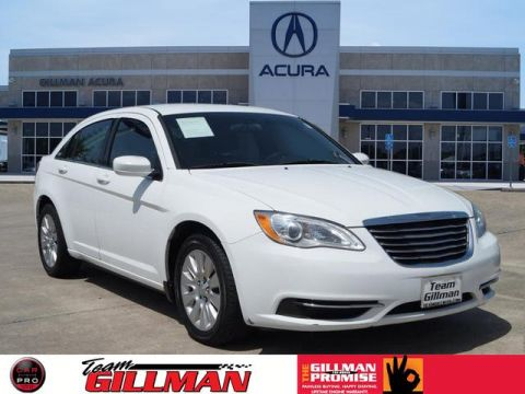 Pre-Owned 2013 Chrysler 200 LX FWD LX 4dr Sedan