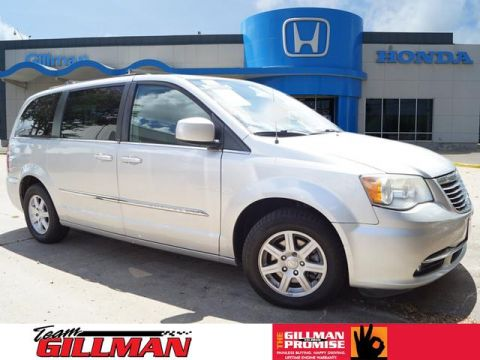 Pre-Owned 2012 Chrysler Town & Country Touring FWD Touring 4dr Mini-Van