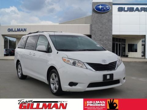 Pre-Owned 2012 Toyota Sienna LE REAR CAPTAIN CHAIRS
