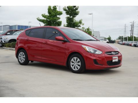 Pre-Owned 2015 Hyundai Accent GS AUTO Front Wheel Drive Hatchback